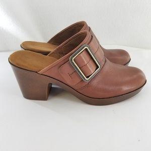 EASY SPIRIT Brown Leather Slip On Clogs Sz 9.5 M